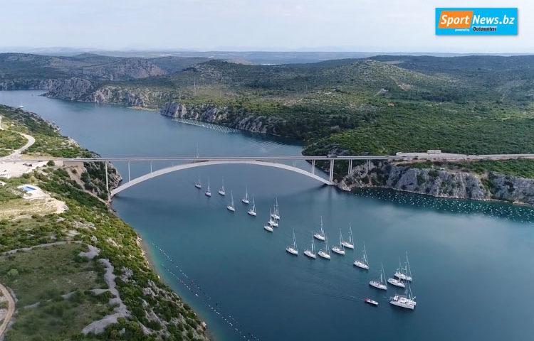 Brennercom Sailing Week in Kroatien 2018, Foto mit Segelboote. Mit dabei: Zahnarzt Thomas Wächter