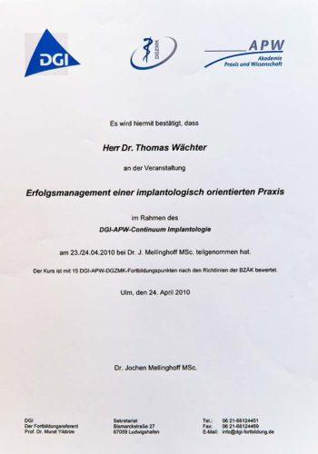 2010 Zertifikat Curriculum Implantologie Certificato Formazione Impiantologia Ulm Dr Thomas Waechter Zahnarzt Odontoiatra Bozen Bolzano