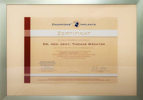 2010 Zertifikat Implantologie Certificato Impiantologia Flonheim Frankfurt Dr Thomas Waechter Zahnarzt Odontoiatra Bozen Bolzano 1