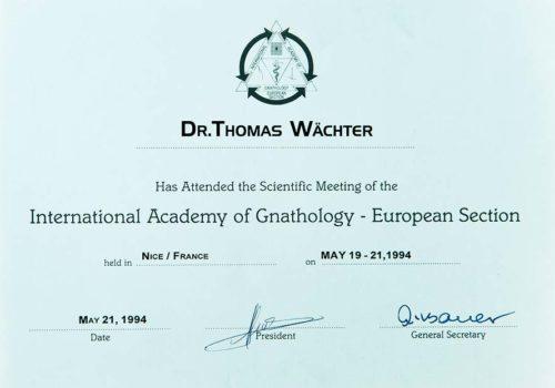 1994-Zertifikat-Funktionelle-Zahnheilkunde-Certificato-Odontoiatria-Funzionale-Nizza-Dr-Thomas-Waechter-Zahnarzt-Odontoiatra-Bozen-Bolzano