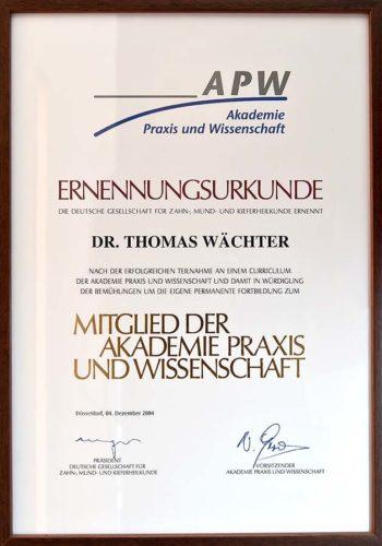 2004-Zertifikat-Allgemeine-Zahnheilkunde-Certificato-Odontoiatria-Generale-Duesseldorf-Dr-Thomas-Waechter-Zahnarzt-Odontoiatra-Bozen-Bolzano