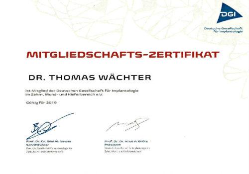 2019 Zertifikat Implantologie Certificato Impiantologia Deutschland Germania Dr Thomas Waechter Zahnarzt Odontoiatra Bozen Bolzano